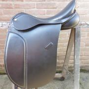 Henri de Rivel advantage dressage 18 inch